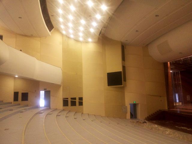 西华大学剧场千赢国际qy88com设计