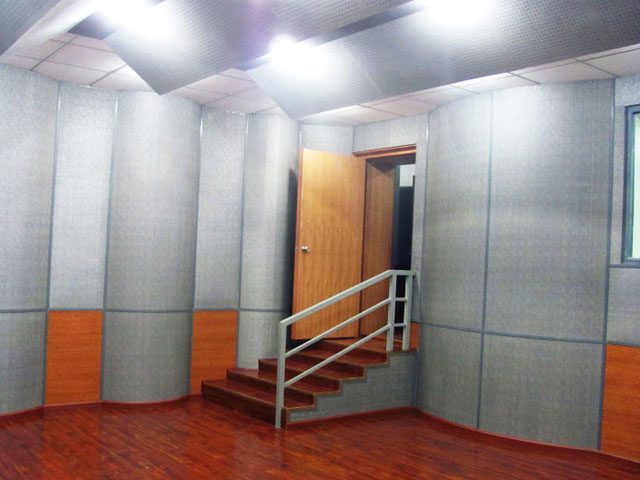 西南民族大学录音棚